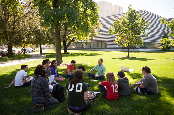 Jimmy Kuehnle class at the Cleveland Museum of Art
